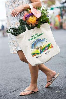 Keauhou Shopping Center  canvas bag  filled with fresh veggies